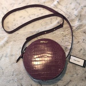 Nine West  - round-about-circle-crossbody 💜